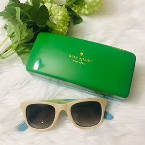Kate Spade Case with Glasses